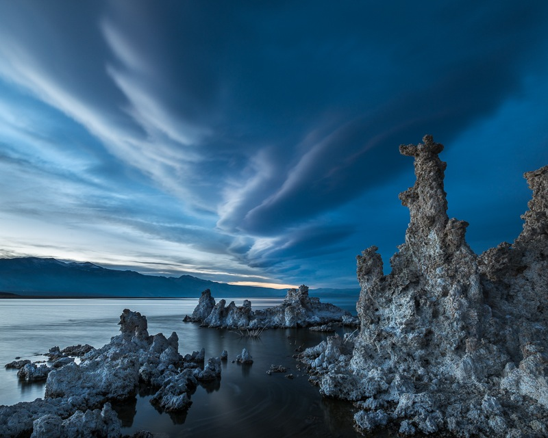 """Sierra wave clouds"" över Mono Lake. Foto: Peter Nilsson"